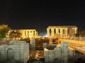 Luxor tempel bei Nacht discover Marsa Alam local guide private tour